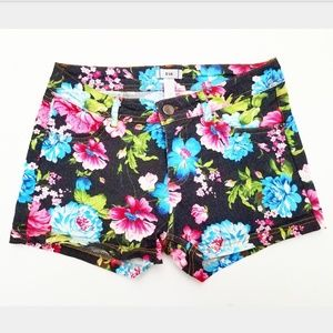Black Stretchy Floral Short Shorts